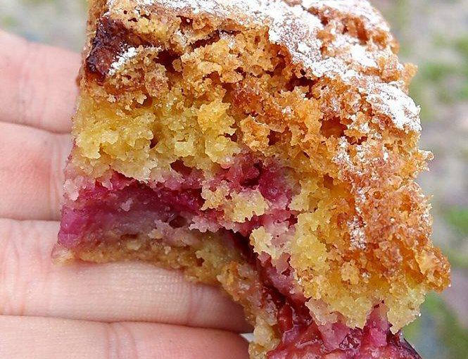Ciasto ucierane ze śliwkami